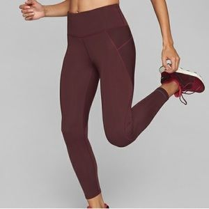 Athleta Stealth Active Leggings Tight in Cassis MP
